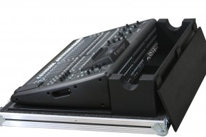 Behringer 32X DH 2-X2